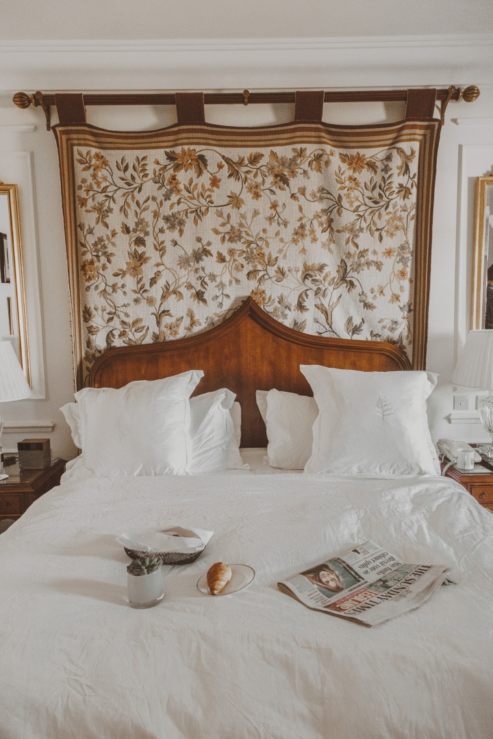 Breakfast in Bed at Four Seasons Hampshire